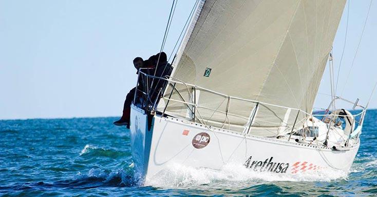 wedstrijdgenua of wedstrijdfok triradiaal quantum sails